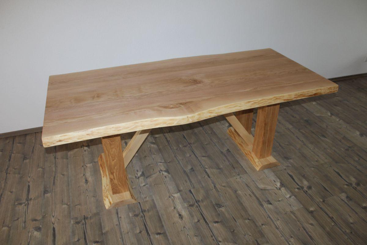 massivholztisch aus eschenholz. Black Bedroom Furniture Sets. Home Design Ideas