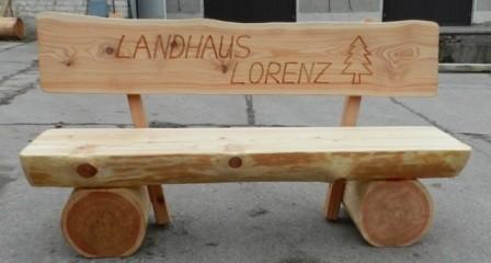 Massivholz-Lärchenbank Lotte mit Gravur