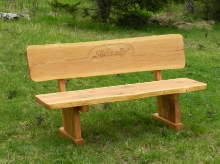 Rustikale Gartenmobel Aus Massivholz Garnituren Mehr