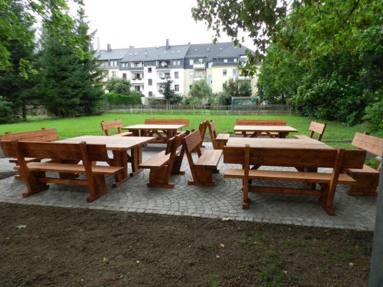 Gartenmöbel aus Massivholz | Referenzen